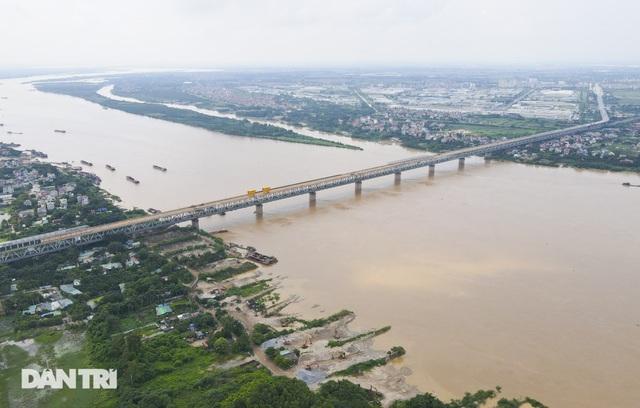 Bí thư Hà Nội: Không chồng chất cao ốc lên hai bên sông Hồng - 2