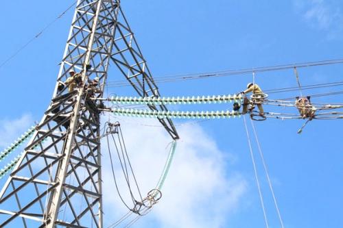 Hệ thống điện quốc gia sẽ tăng chi phí do năng lượng tái tạo