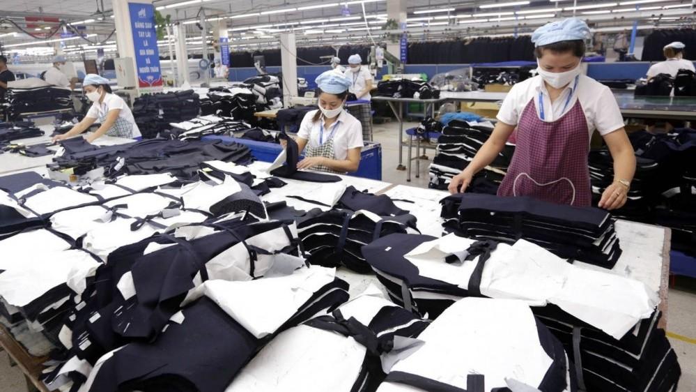 Truyền thông Mỹ: Việt Nam là ngôi sao sáng trong ngành thương mại PPE toàn cầu