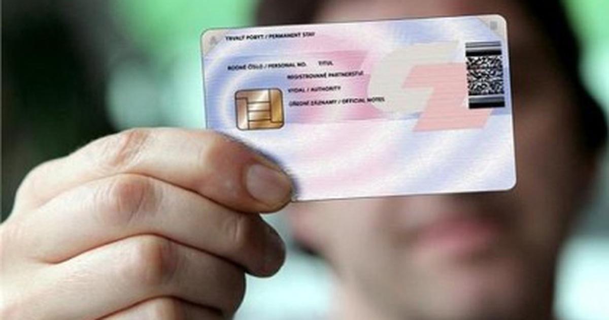 Thẻ căn cước công dân gắn chip điện tử có thay thế được giấy phép lái xe?
