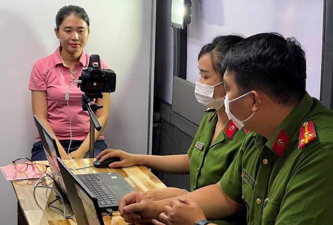 Thành phố Hồ Chí Minh: Tăng cường lực lượng về cơ sở cấp căn cước công dân