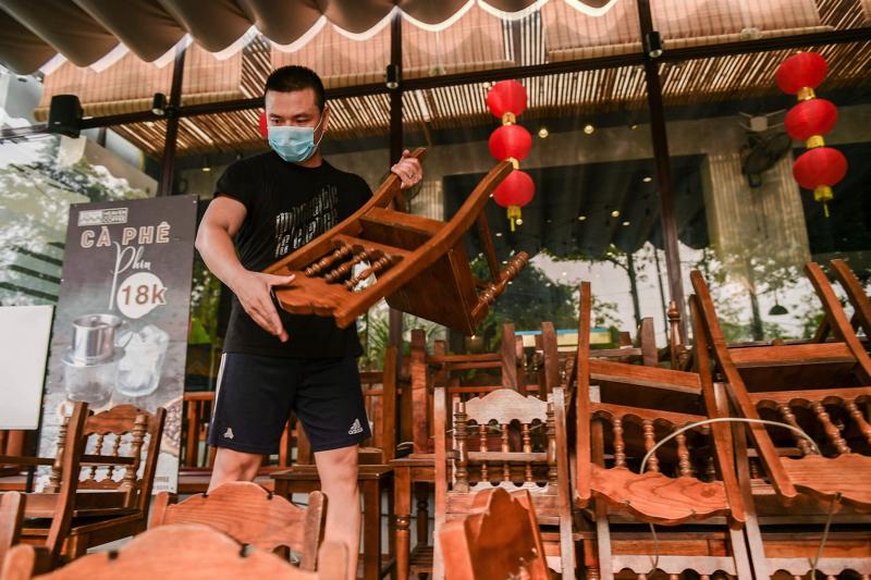 Người dân Hải Dương phấn khởi trước thời khắc kết thúc giãn cách xã hội