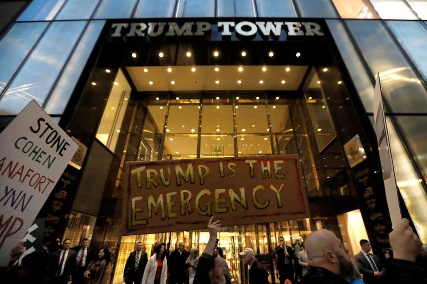 Hoạt động kinh doanh bất động sản thương mại của ông Trump bị ảnh hưởng nặng nề vì đại dịch và cuộc bạo động ở Điện Capitol. Ảnh: Reuters.