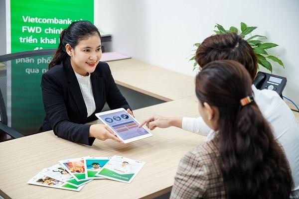 Vietcombank dẫn đầu khối ngân hàng niêm yết (26 ngân hàng) được dự báo lạc quan về tăng trưởng lợi nhuận trước thuế năm 2021