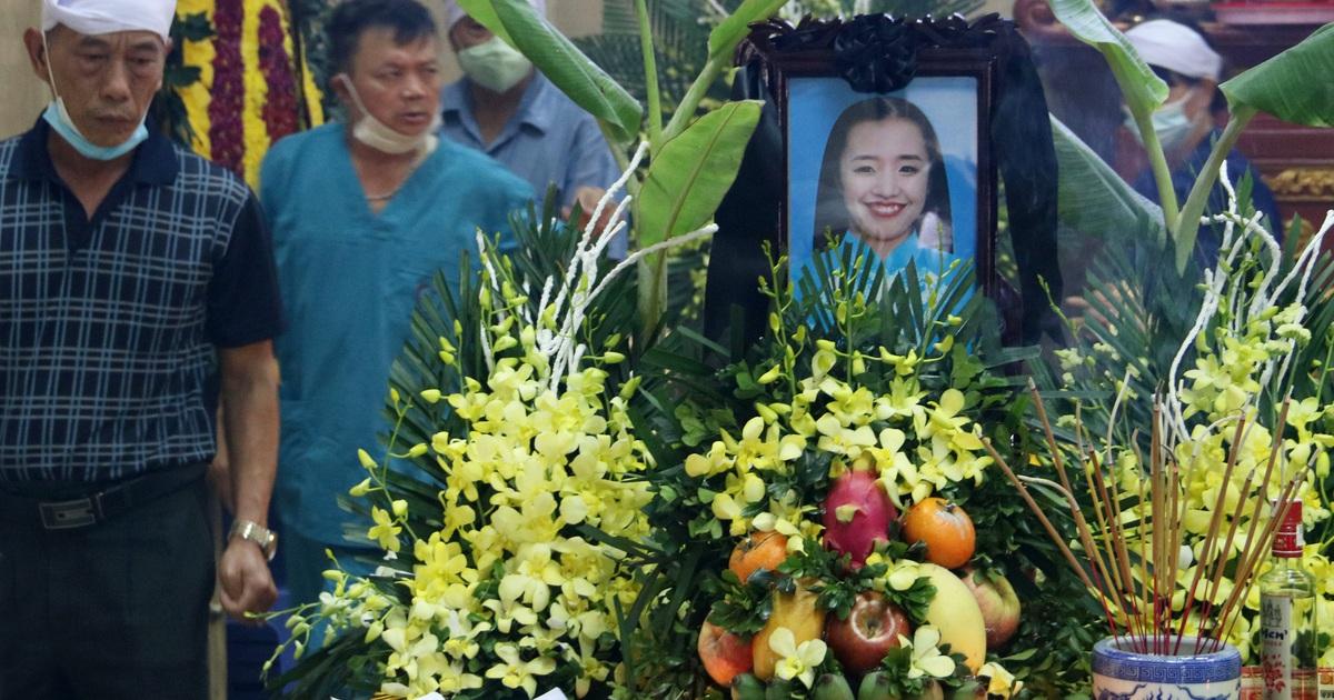 Hà Nội: Đau xót tiễn biệt cả gia đình 4 người tử vong trong vụ cháy