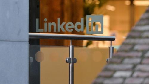 """Đằng sau chiến lược cho nhân viên nghỉ """"xả hơi""""1 tuần của LinkedIn"""