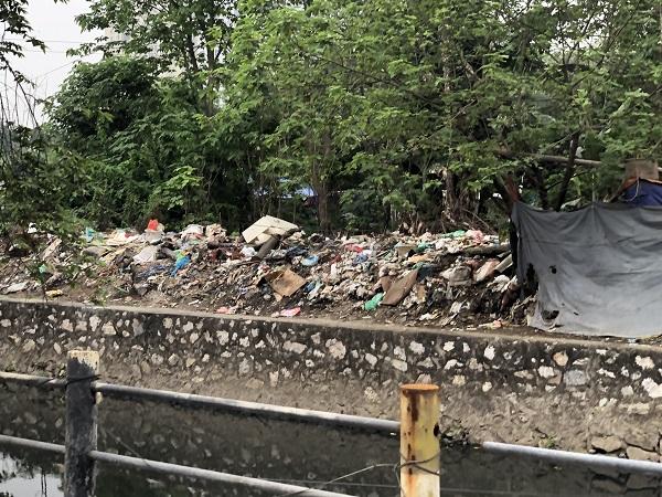 Hà Nội: Tái diễn tình trạng đốt rác bừa bãi