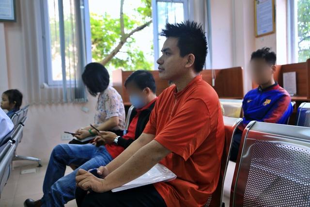 Theo chân người vô hình đi làm căn cước công dân ở Hà Nội - 3