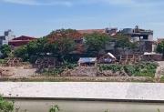 Tình trạng lấn chiếm, xây dựng trái phép trên bãi sông Hồng: Không mạnh tay sẽ nhiều hệ lụy