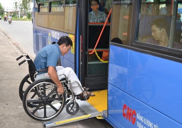 Xe buýt từ chối phục vụ người khuyết tật: Phân biệt đối xử từ trong tư duy!