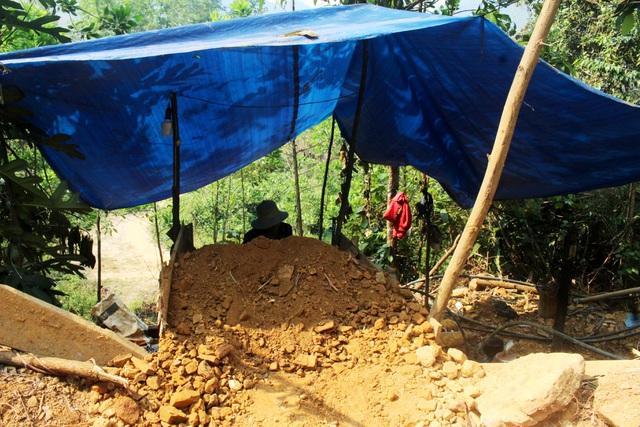 Vàng tặc ở Bồng Miêu: Tiền công ngày 200 nghìn, thấy công an là phải trốn - 3