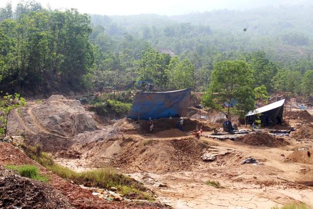 Vàng tặc ở Bồng Miêu: Tiền công ngày 200 nghìn, thấy công an là phải trốn - 5