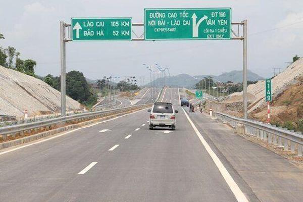 số liệu thống kê của Bộ GTVT, tính đến hết năm 2020, cả nước có khoảng 1.259km đường cao tốc đưa vào khai thác, đạt khoảng 57,6% so với quy hoạch.