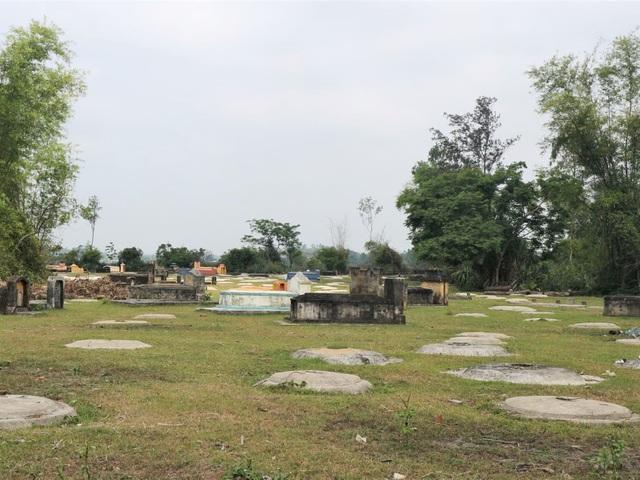 Cả làng cùng chăm lo hơn 3.300 ngôi mộ người dưng - 2