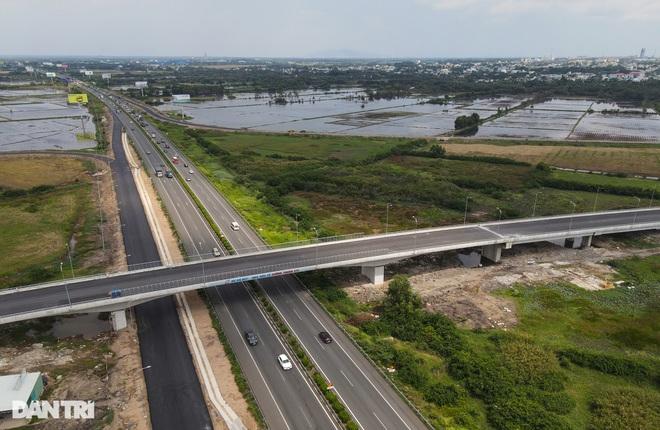 Gấp rút thi công các nút giao trọng điểm cao tốc Long Thành - Dầu Giây - 8