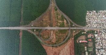Gấp rút thi công các nút giao trọng điểm cao tốc Long Thành - Dầu Giây