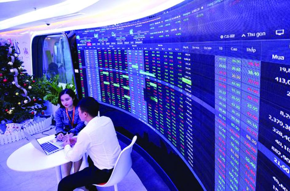 Dù thị trường chứng khoán tăng nóng, tiềm ẩn nhiều rủi ro, nhưng nhiều nhà đầu tư vẫn nhảy vào thị trường. Ảnh: D.Minh