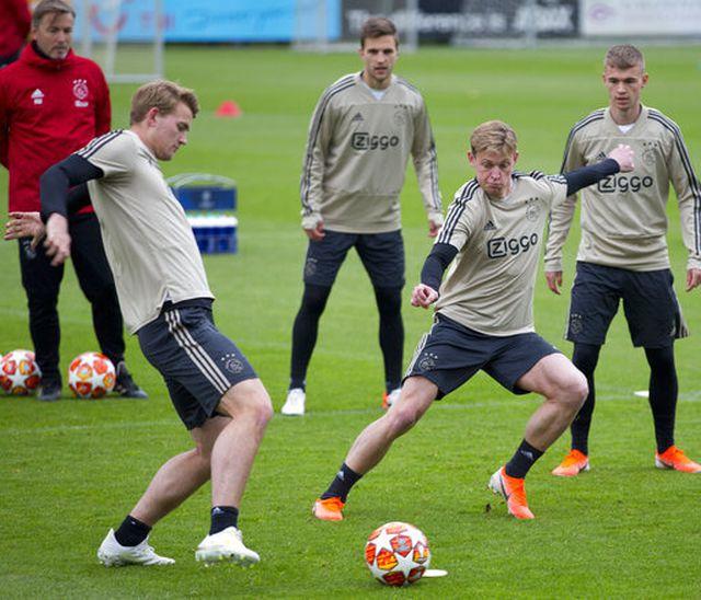 """Tottenham Vs Ajax When: Tottenham, Ajax Sẵn Sàng Cho """"đại Chiến"""" ở Johan Cruyff Arena"""