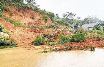 Miền núi phía Bắc mưa lớn cục bộ, nguy cơ sạt lở đất và ngập úng