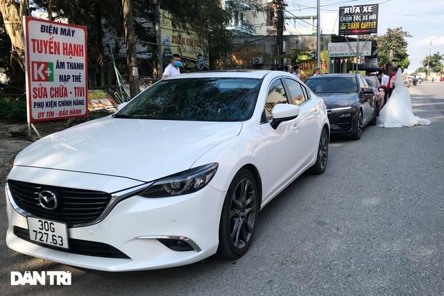 Lo ngại cách ly, đoàn rước dâu quay xe khi gần tới nhà trai ở Thuận Thành - 5
