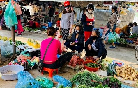 Hà Nội: Giải tỏa chợ cóc, chợ tạm, chính thức tạm dừng quán bia