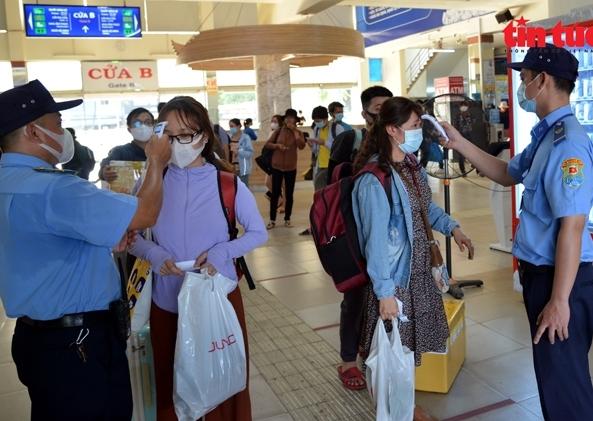 TP HCM: Xe khách không đón trả khách ở vùng dịch từ 0h ngày 15/5