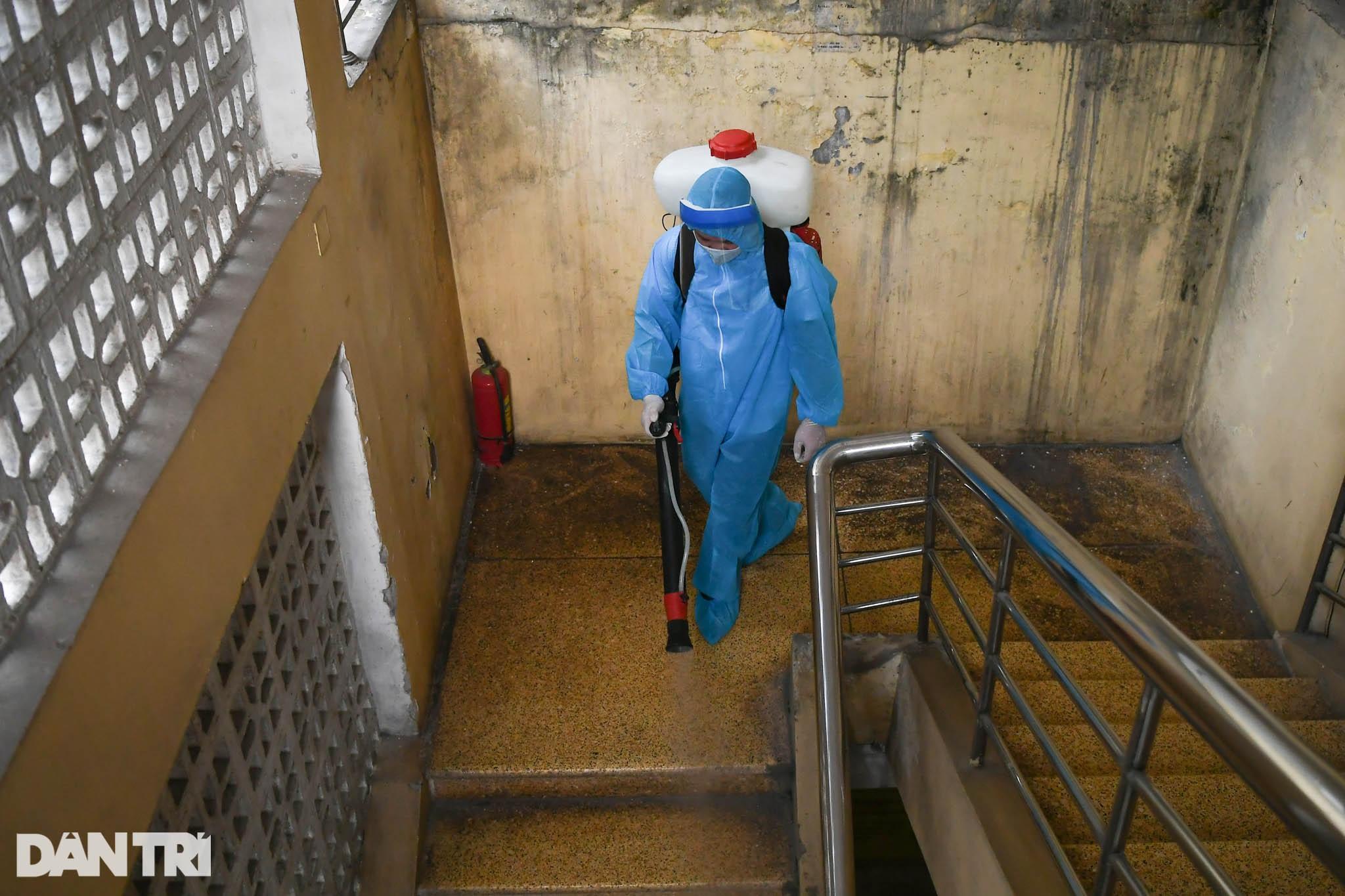 Hà Nội khẩn cấp lấy mẫu xét nghiệm Covid-19 cho 6.000 dân từng đến Đà Nẵng - 5