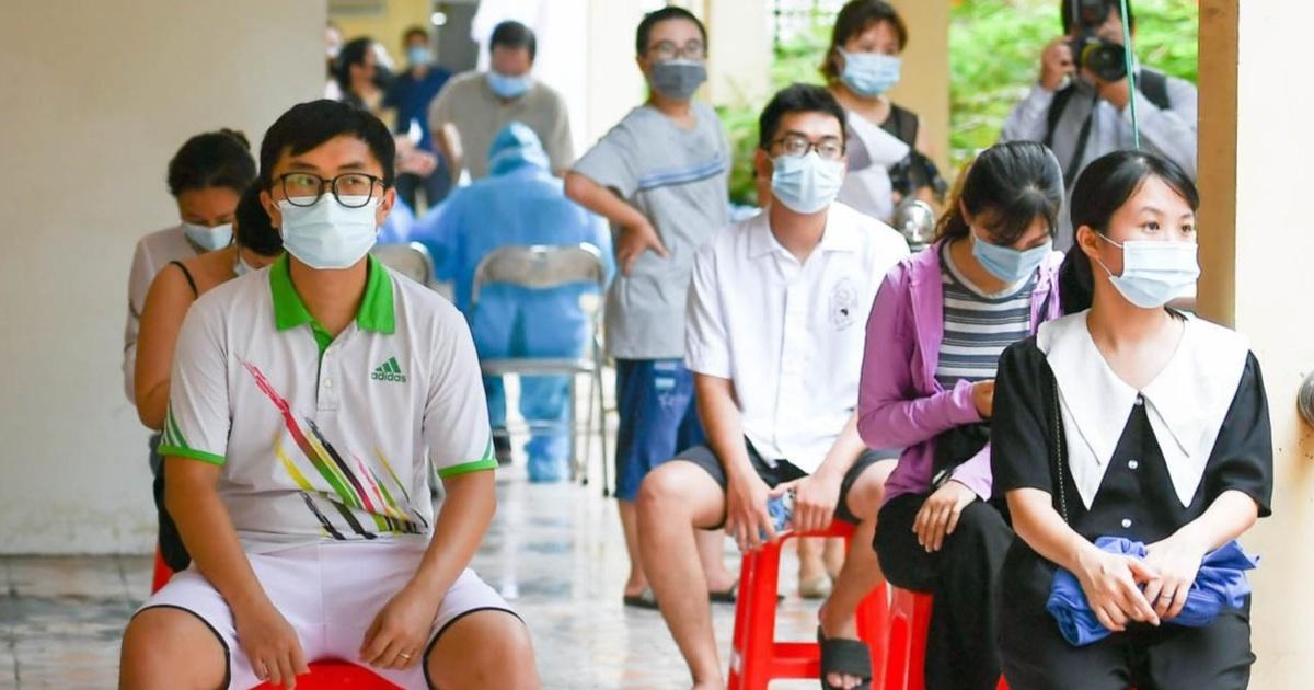 Hà Nội khẩn cấp lấy mẫu xét nghiệm Covid-19 cho 6.000 dân từng đến Đà Nẵng