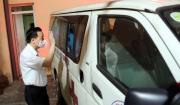 """Chùm ảnh: Chủ tịch UBND TP Chu Ngọc Anh tiễn """"đội đặc nhiệm"""" của Hà Nội lên đường hỗ trợ Bắc Giang chống dịch Covid-19"""