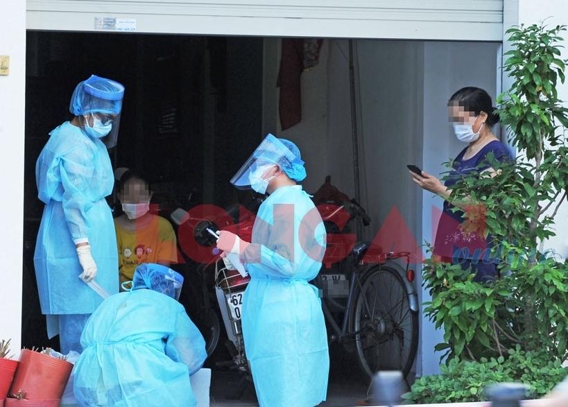 Long An: Phong tỏa khẩn cấp 15 hộ dân và Bệnh viện Cần Đước
