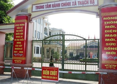 Hà Tĩnh phong tỏa 1 trụ sở xã và 3 thôn, Nghệ An quyết định giãn cách 5 địa phương giáp ranh