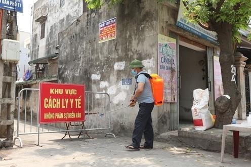 """Hà Nội: """"Ổ dịch"""" chợ Cửa hàng mới, thị trấn Đông Anh thêm 3 ca nhiễm Covid-19"""