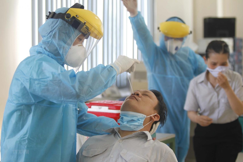 TP HCM hỗ trợ khẩn cấp tuyến đầu chống dịch cao nhất 10 triệu đồng/người
