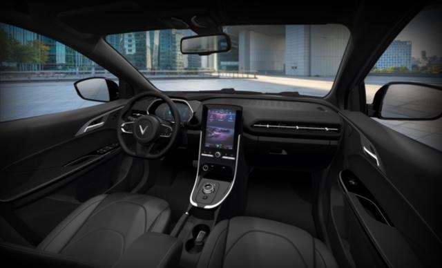 Chỉ còn 8 ngày nhận ưu đãi khủng gần 260 triệu đồng khi mua ô tô điện VinFast VF e34