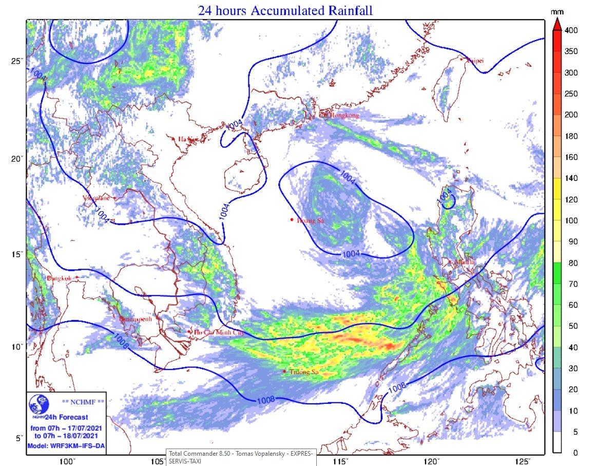Vùng áp thấp hướng dần lên phía Bắc Biển Đông, có khả năng mạnh thêm