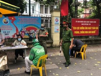 Hà Nội xử phạt hơn 3 tỷ đồng trong 4 ngày đầu giãn cách xã hội