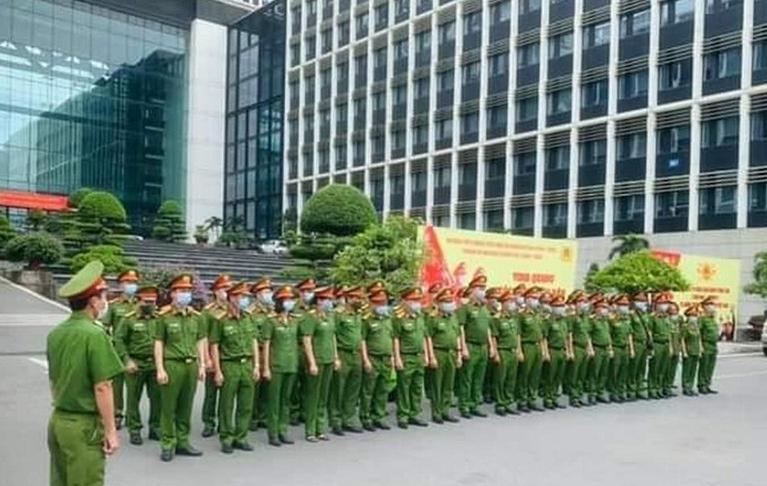 Bộ Công an liên tục tăng cường lực lượng vào các tỉnh phía Nam chống dịch