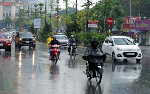 Bắc Bộ mưa lớn, chuẩn bị đón không khí lạnh, Trung Bộ nắng nóng gay gắt