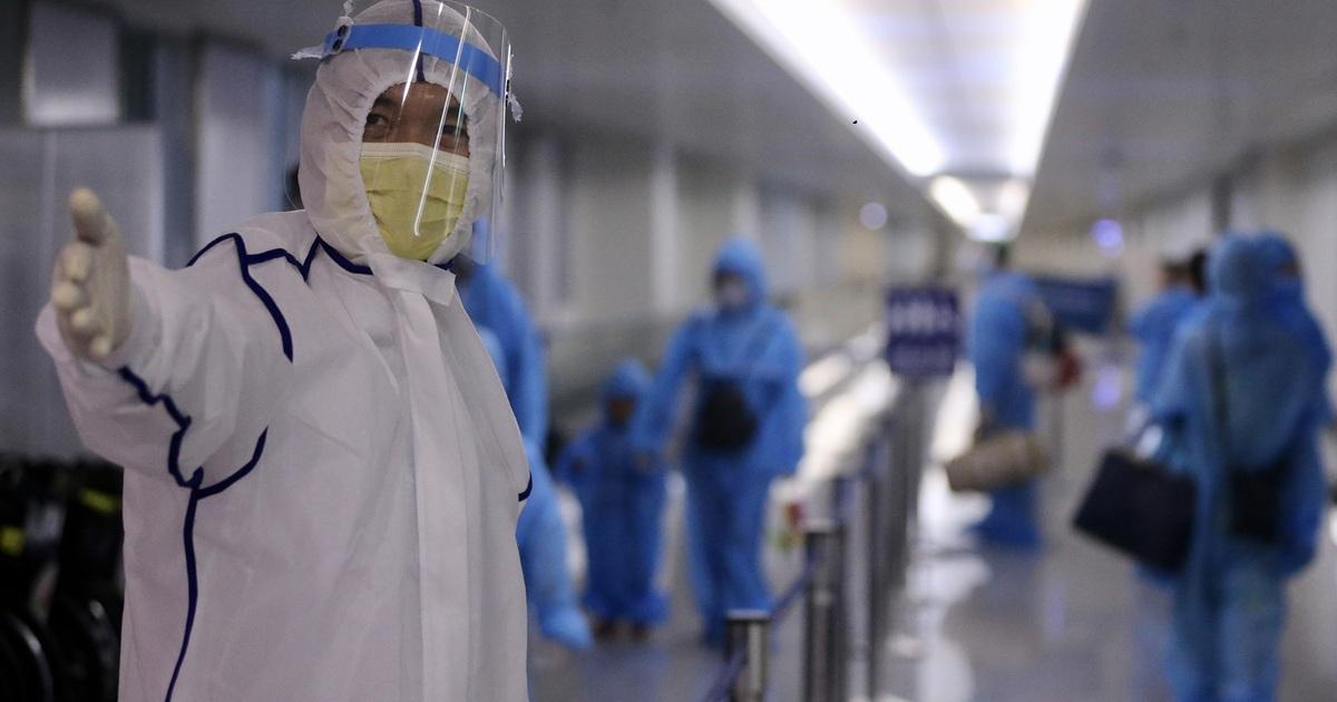 TP HCM: Thu phí cách ly, ngừng lấy mẫu xét nghiệm Covid-19 tại sân bay