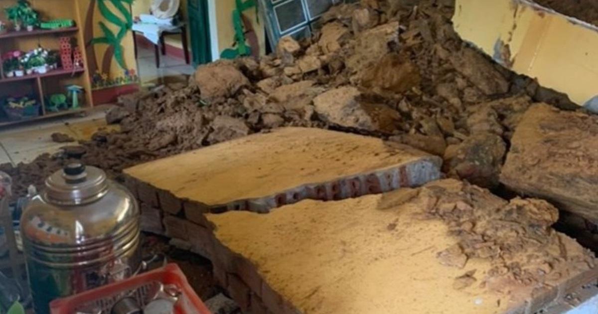 Lào Cai: Sạt lở đất đá trong đêm, một lớp học bị vùi lấp