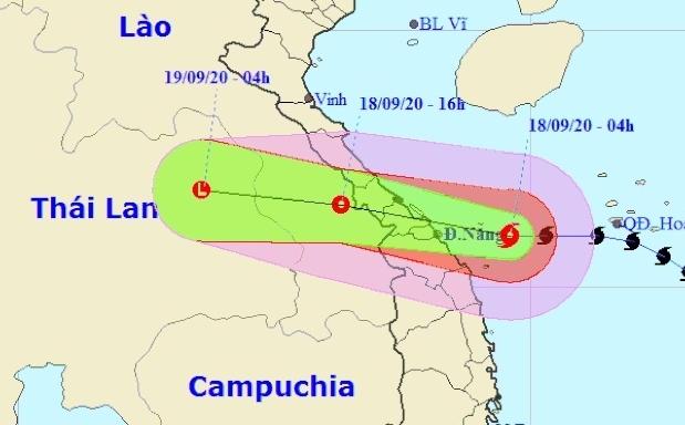 Bão số 5 giật cấp 12 áp sát Quảng Bình - Quảng Nam