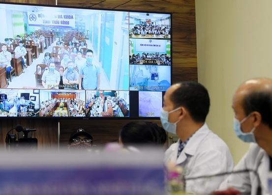 Vì sao sau hàng chục năm Việt Nam mới có thể xây dựng thành công hệ thống Telehealth?