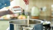 Khoảng 4,1 triệu người tử vong mỗi năm do ăn thừa muối