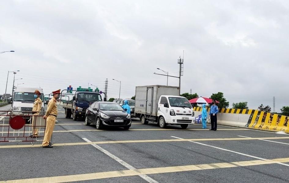Tháng 8 và ngày 2/9, tai nạn giao thông giảm sâu cả 3 tiêu chí