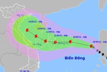 Bão số 5 giật cấp 11 hướng vào Vịnh Bắc Bộ, khả năng mạnh thêm