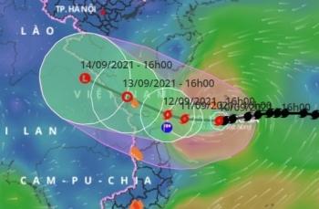 Bão số 5 hướng về Quảng Trị - Quảng Nam, từ đêm nay miền Trung mưa lớn
