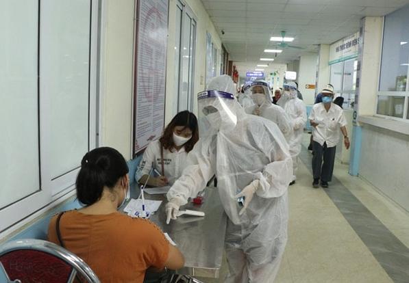 Hà Nội: Các cơ sở y tế không được từ chối tiếp nhận bệnh nhân từ vùng dịch