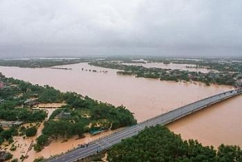 Mưa lớn kéo dài, các hồ chứa nước miền Trung sắp quá tải?