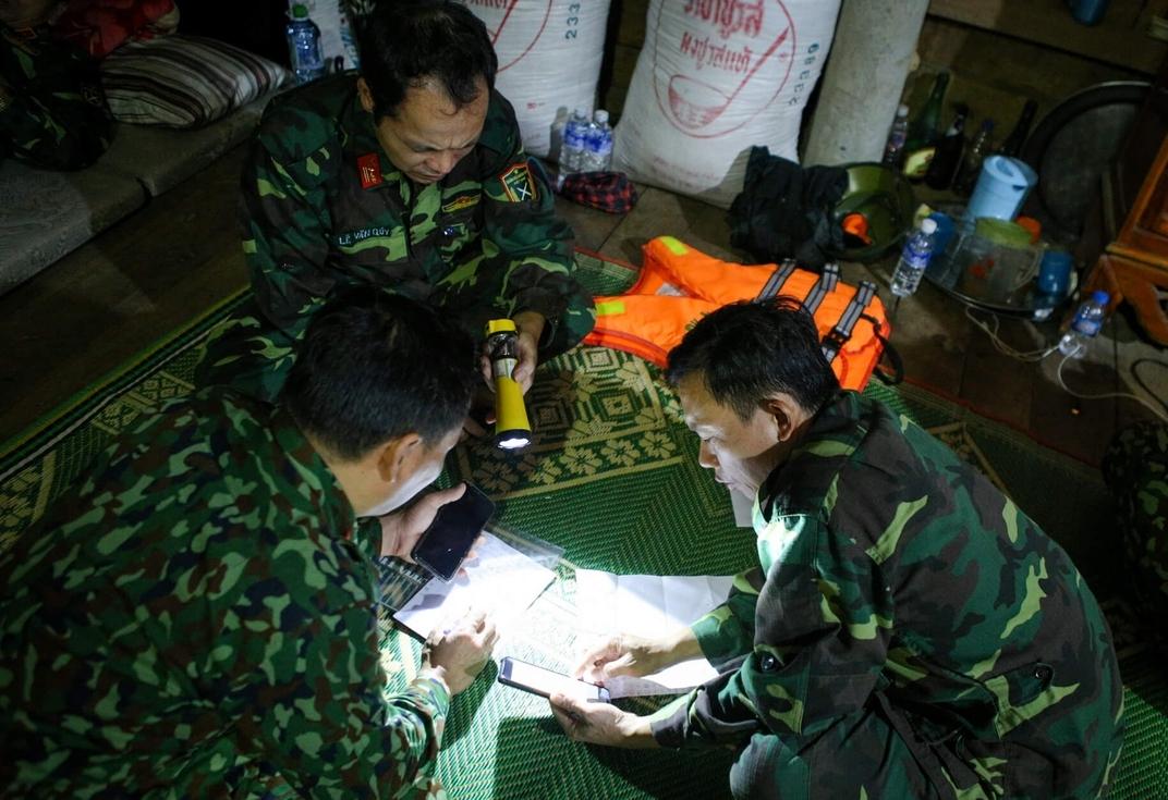 Đêm không ngủ ở Sở chỉ huy tiền phương cứu hộ