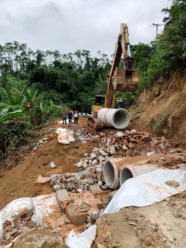 Thừa Thiên Huế: Thông đường bộ vào thủy điện Rào Trăng 3 - 3